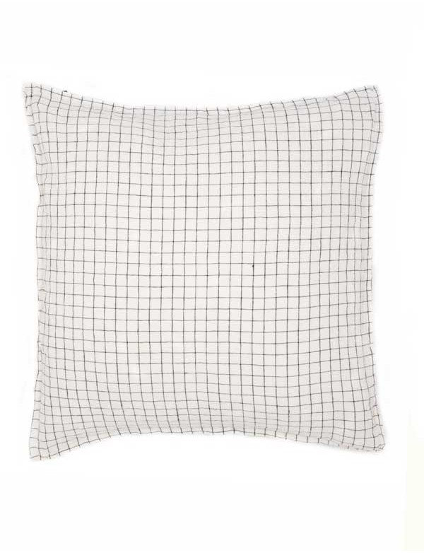 Linge Particulier - Housse de coussin en lin lavé carreaux noir & blanc