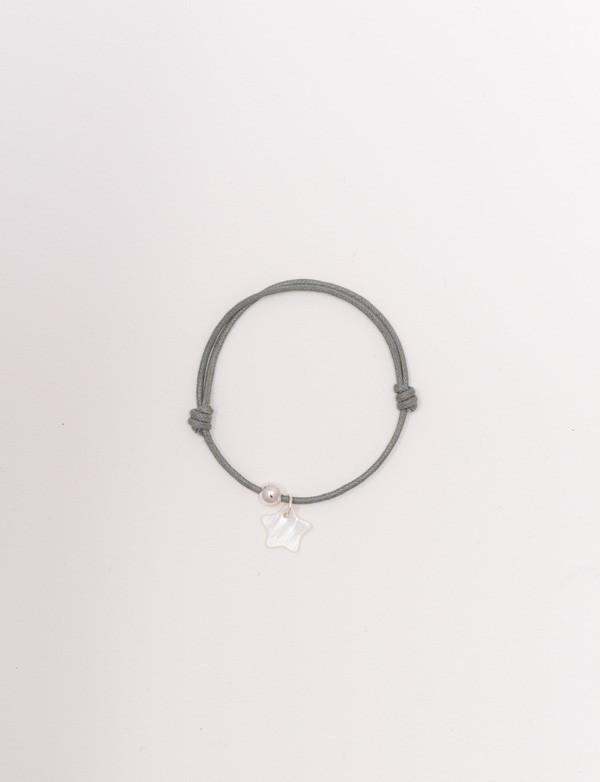 Bracelet cordon avec une étoile en nacre blanche
