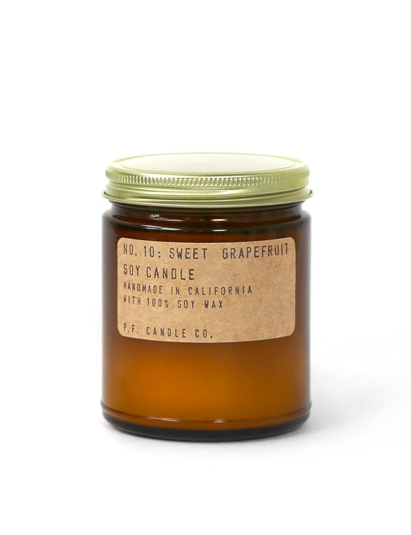 P.F. Candle co - Bougie parfumée n°10 - Sweet Grapefruit