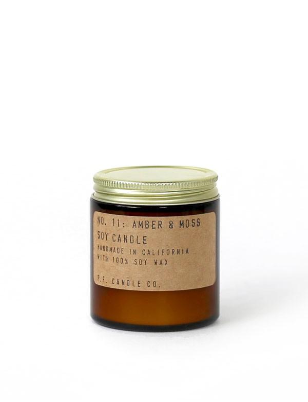 P.F. Candle Co - Bougie parfumée n° 11 - Amber & Moss
